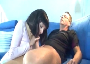 Dad with loaded prick asked his daughter for head