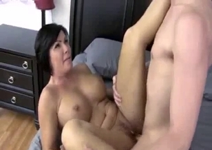 Son nicely pounds his horny as hell mommy