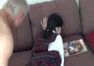 Cute teen lass is trying to fuck with her stepfather