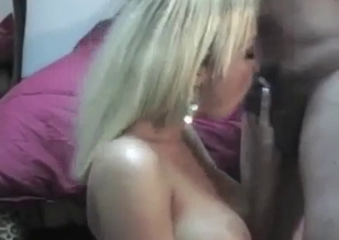 Slutty cousin gives a deep blowjob for a dad