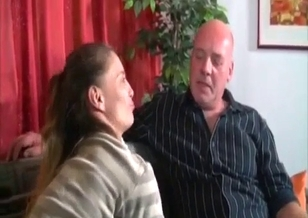 Skinny stepdaughter gives her fat dad a nice head